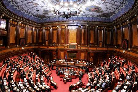 Chi ha paura del senato elettivo libert e giustizia for Camera e senato differenze