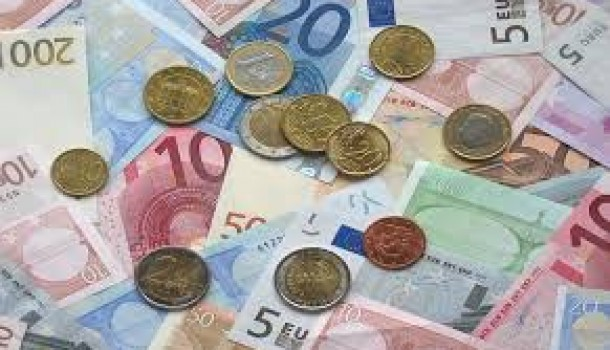 Ma io penso che si possa uscire dall'euro