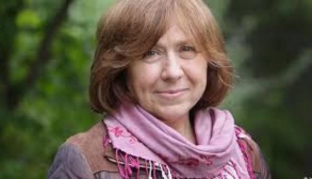 """Svetlana Aleksievic, premio Nobel per la letteratura """"Ma la libertà non era dietro l'angolo"""""""