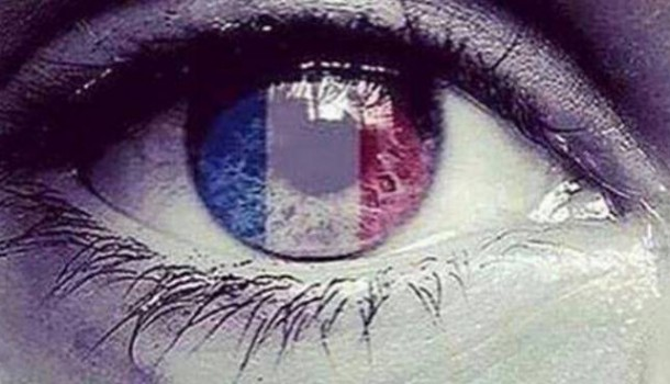 Parigi, perché?  –  Lasciate i vostri commenti