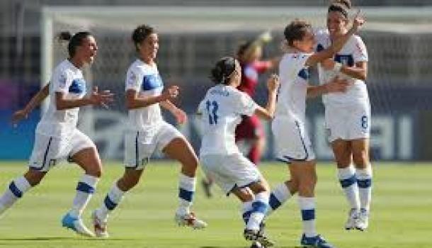 A Locri, in Calabria, chiude la squadra femminile di calcio a cinque, dopo avvertimenti e minacce dell'Ndrangheta
