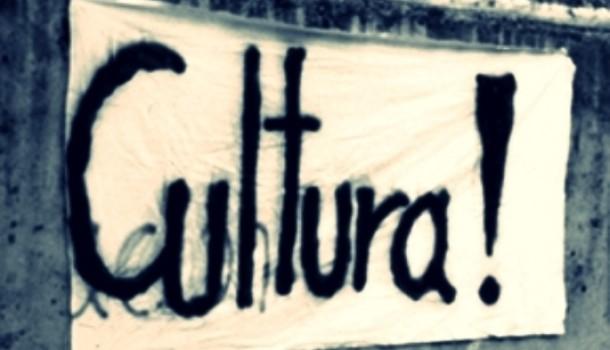 Massimo Cacciari, Da matti pensare che cultura significhi regalare 500 euro. Il premier non ha una strategia