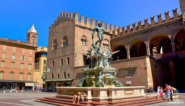 Bologna – Banchetti per la raccolta firme per il referendum costituzionale