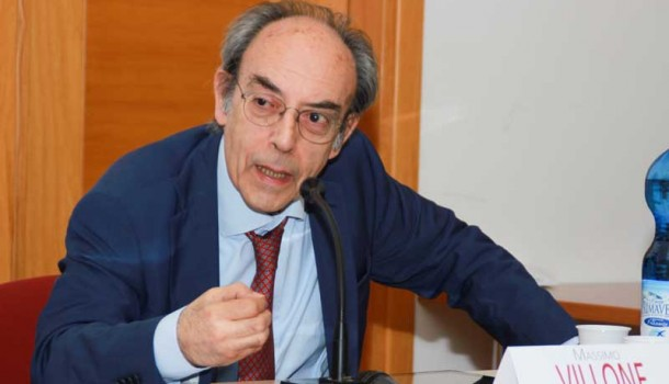 In Toscana, a Cecina, l'incontro con Massimo Villone