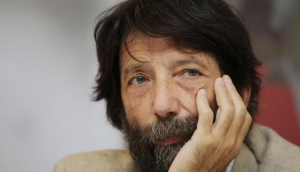Cacciari irresponsabile: si sottomette a Renzi (ma non riesce a dirlo) con giustificazioni immaginarie
