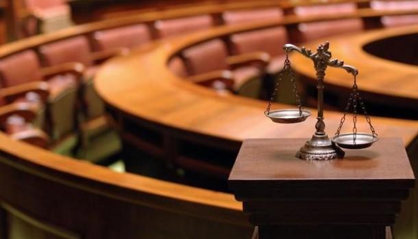 Giustizia: Abolite l'appello invece di assumere, serve una soluzione drastica