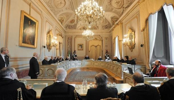Napoli – L'udienza sulI'Italicum rimandata a dopo il referendum è una decisione di opportunità politica