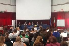 """Treviso –  300 studenti di 5 licei iniziano il percorso del """"Piccolo Atlante della Corruzione"""""""