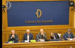 Referendum: Comitato No, Parlamento eletto con 'Porcellum' non poteva intervenire su Carta