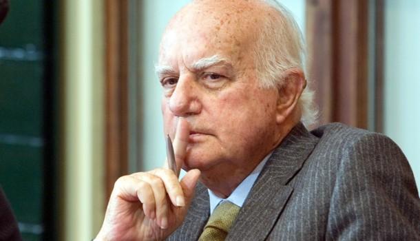 Il ricordo/Alfredo Reichlin credeva (ancora) nella 'bellezza della politica'