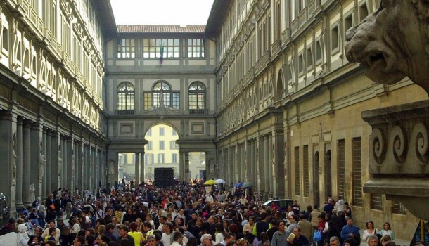 Corrado del Bò: Siamo tutti turisti di massa. Inutile voler fare gli alternativi