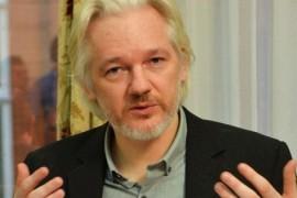 Un tour negli Usa per Assange, organizzato dal padre e dal fratello del fondatore di Wikileaks #HomeRun4Julia